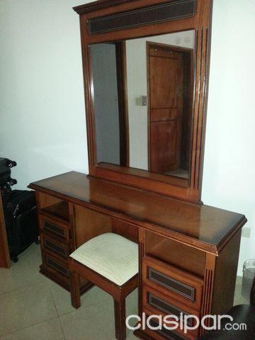 Tocador madera con espejo 743630 en paraguay for Tocador de madera maciza