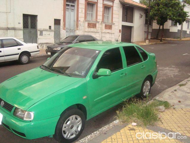 Autos - HERMOSO VOLKSWAGEN POLO AÑO 2000 e965987b783e3