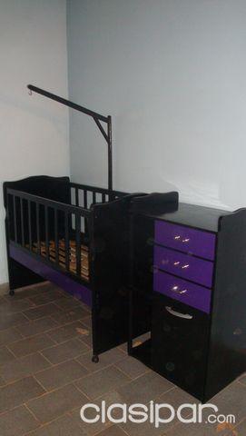 Cuna para bebe con mueble cambiador a estrenar.color negro con lila ...