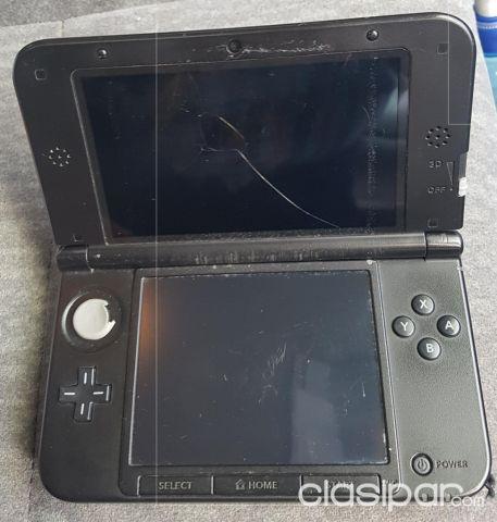 Remato Nintendo 3ds Con Memory R4 Con Juegos Y Varios Juegos Mas